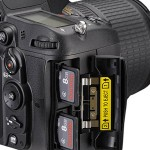 Dual SD card slot, Nikon D7000