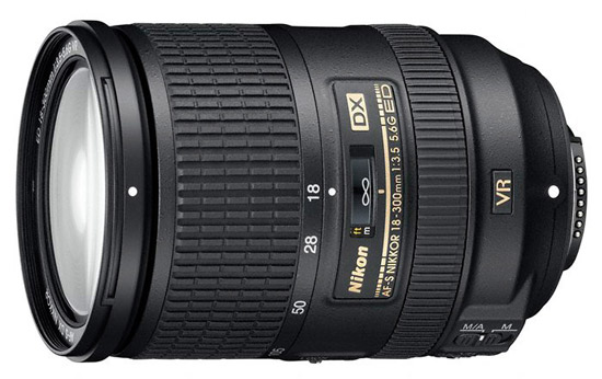 Nikon AF-S-DX-Nikkor 18-300mm-f3.5-5.6G ED VR lens